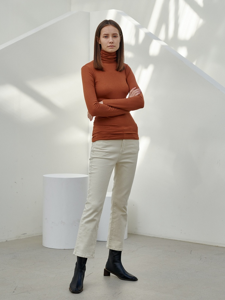 [20AW]unique turtleneck long sleeves_camel