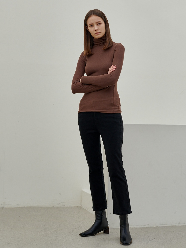 [20AW]unique turtleneck long sleeves_brown
