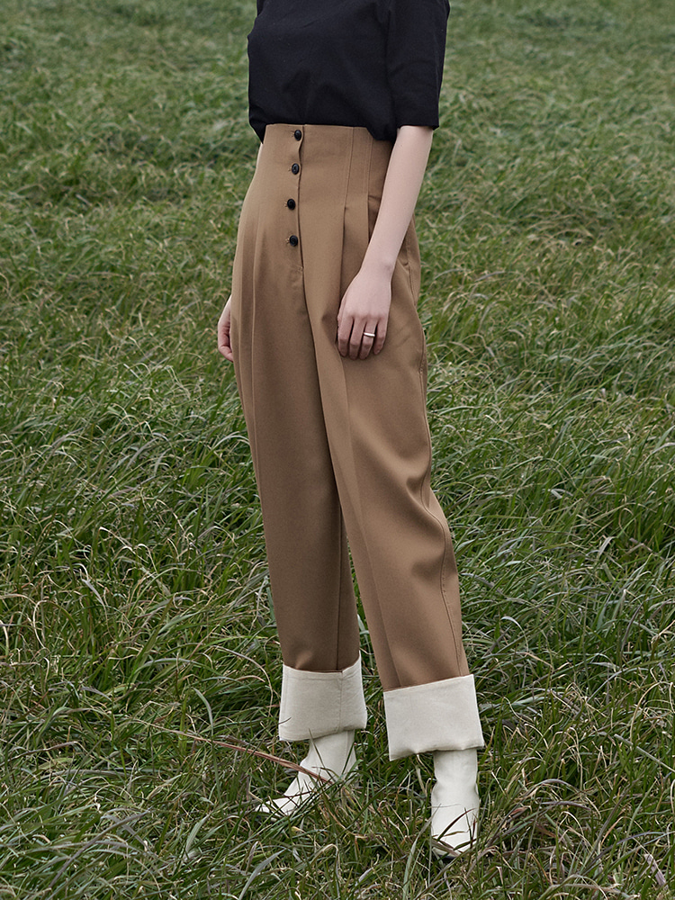 [윤승아 착용]high waist BUTTON TURN-UP ARRANGE SLACKS